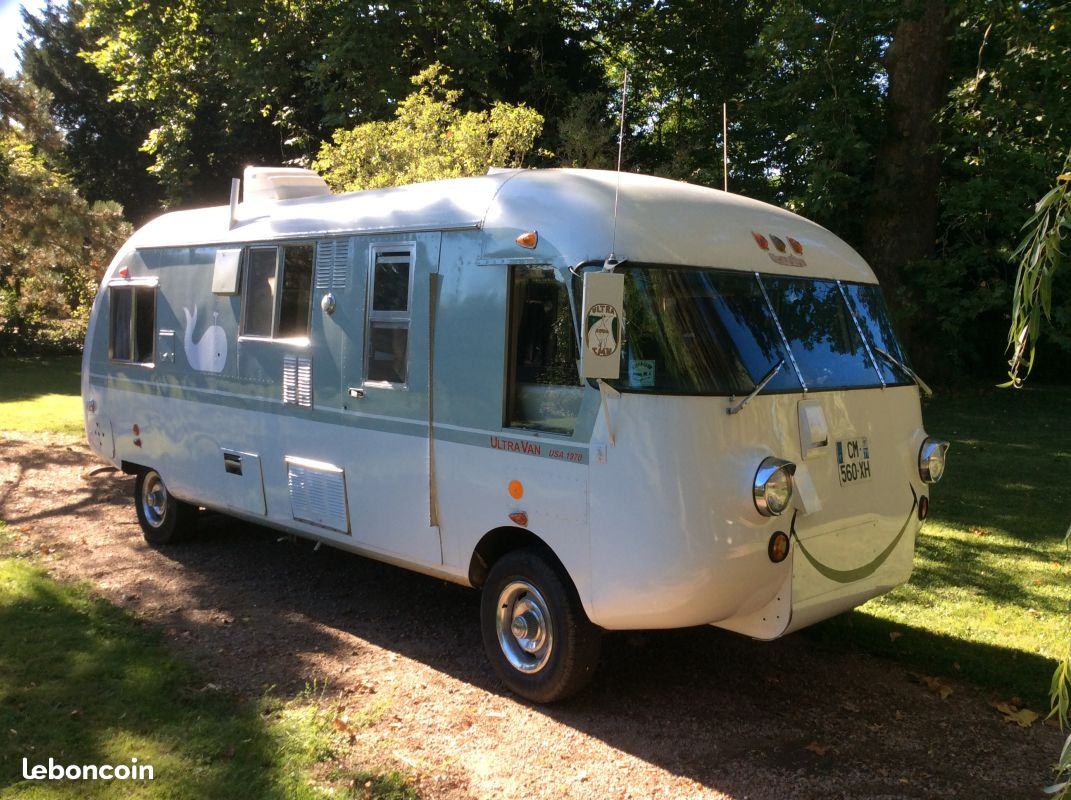 OT: 1970 V8 UltraVan #555 for sale in France