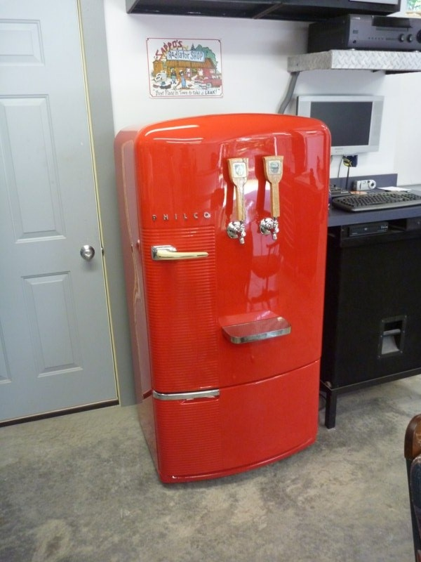 International Harvester Refrigerator : Ot got a vintage fridge from for the garage